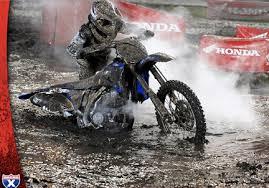 dirt bike mudding