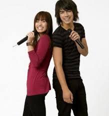 موسوعه صور ديمي للمسن Demi-Lovato-and-Joe-Jonas-camp-rock-1404221-564-600