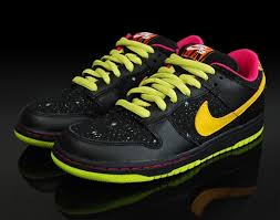 nike dunk space tigers
