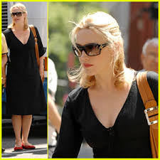 kate winslet black dress