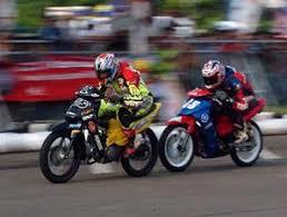 balap motor road race