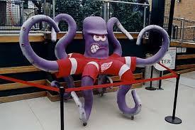 detroit redwings octopus