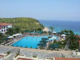 hotel aristoteles beach
