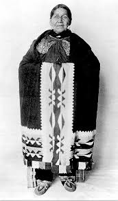 native american women clothing