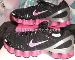 hot pink nike shox
