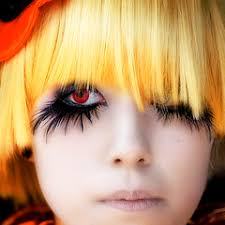 red contacts lens