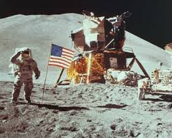 neil armstrong on the moon pictures