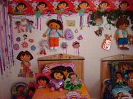 dora bedroom