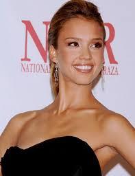 10 most beautiful woman