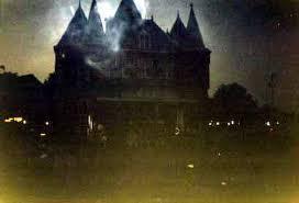 haunting houses