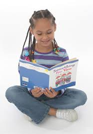 picture of a girl reading