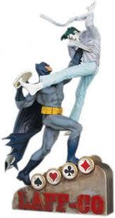 batman vs joker statue