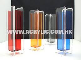 clear acrylic vase