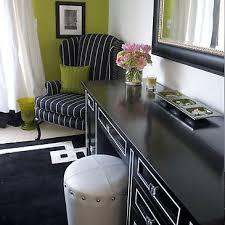 black and white room accessories