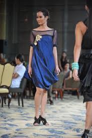 rajo laurel gown