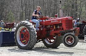 old tractor pulls