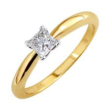 gold princess cut engagement rings