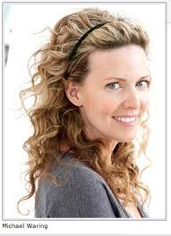 how to style your hair curly
