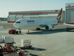 qantas 767 300