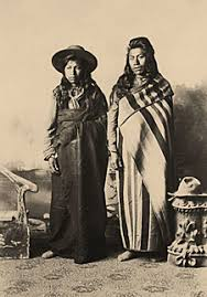 chinook indians clothing