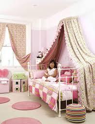 girl pink room
