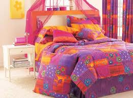 bright color comforters