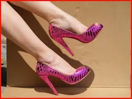 bright pink pumps