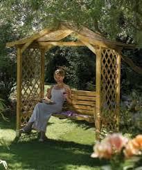garden swinging seats