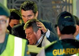 Bartomeu Muñoz, al ser detenido por la Guardia Civil