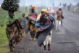 2008 11 12 congo Congo, il vescovo di Bukavu lascia il Sinodo per far ritorno nella sua diocesi attaccata: la Chiesa unico sostegno del popolo