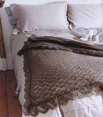 knitting throw