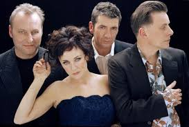 Deacon Blue And Ricky Ross - Raintown