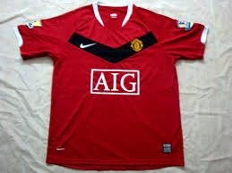manchester united home shirts