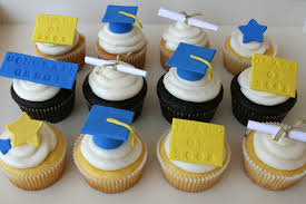 graduation cupcake decorations