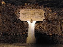 catacombes in paris