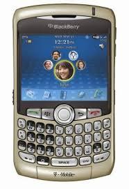 gold blackberry 8320