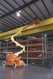 articulating boom lifts