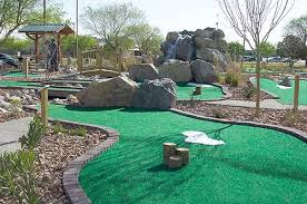pictures of mini golf