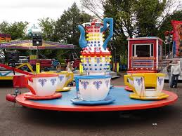 cup and saucer ride