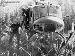 helicopter vietnam war