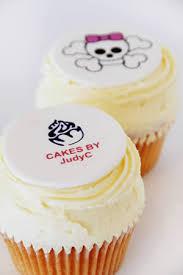 logo cakes