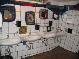 Hundertwasserhaus.jpg