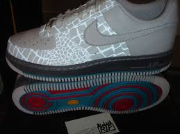 glow in the dark air force 1