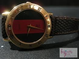 classic gucci watch