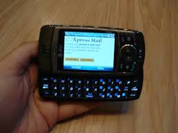 cell phone with keyboards