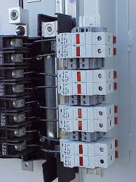 fuse circuit breakers