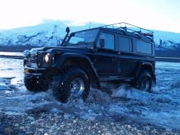 off road land rover defender