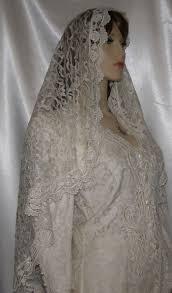 lace bridal veils