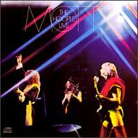 Mott The Hoople - Walkin' With A Mountain