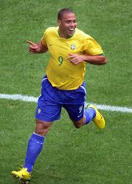 صور الاعب الأسطورة البرازيلي رونالدو Ronaldo-king